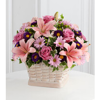 S31-4509 The FTD Loving Sympathy Basket